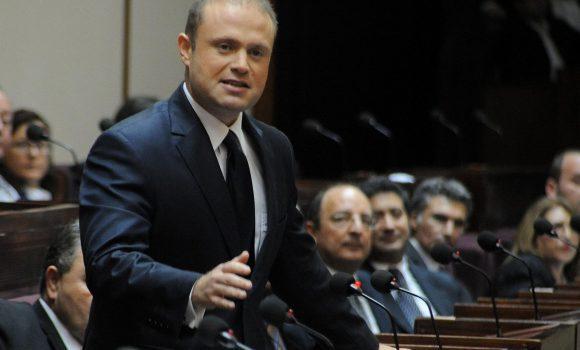 Maltas Premier Muscat verteidigt Finanzwirtschaft